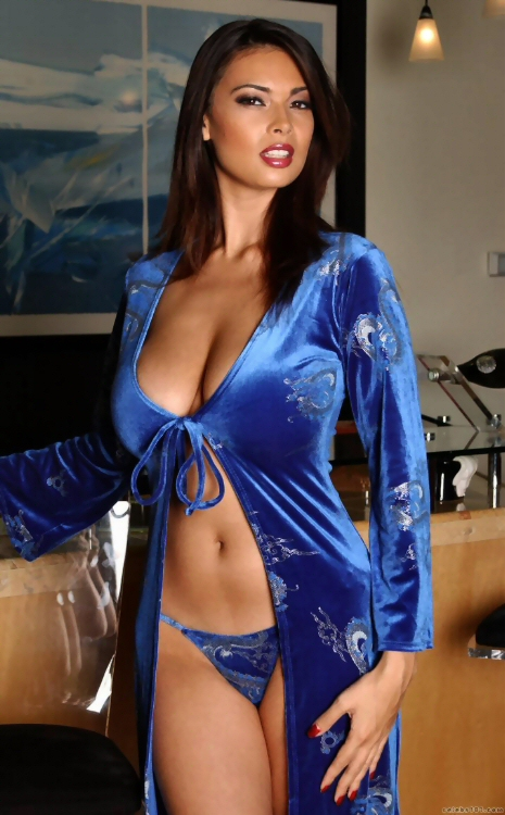 Tera Patrick Is Not An Alien