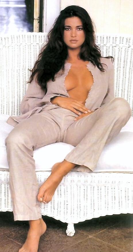 nude Linda thompson