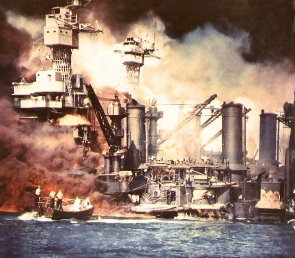 USS_West_Virginia-19411207-a