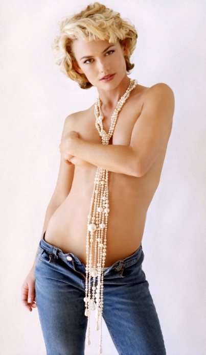 Gallery kelly carlson