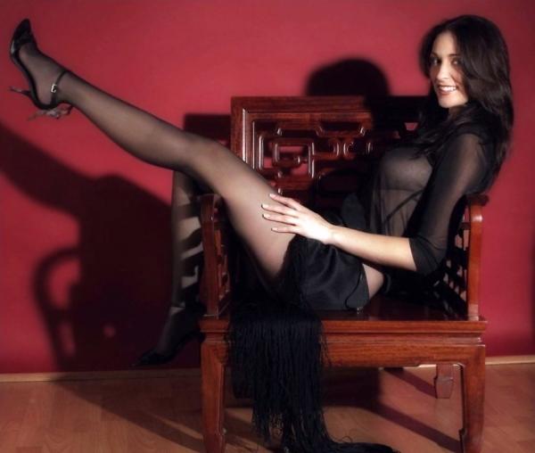 Rule5News-Carlotta-PL-004