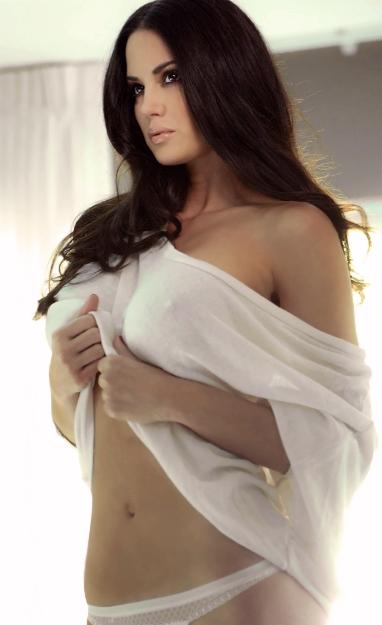 Tiffany-Taylor-FO-009