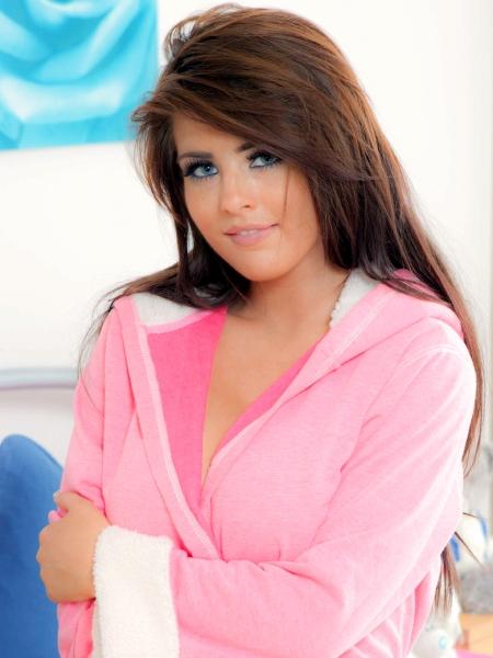Robyn-Alexandra-M-000d