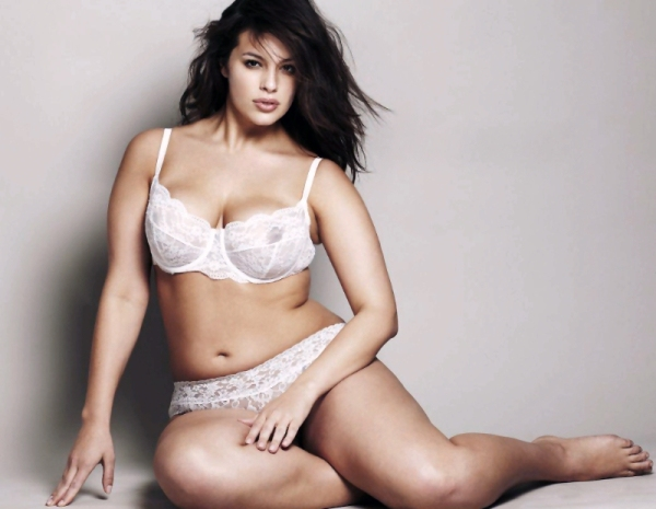 Ashley-Graham-14-001