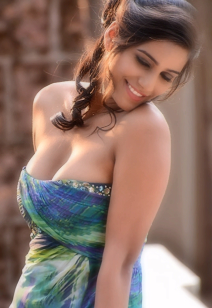 Rule5News-Poonam-Pandey-ede-002