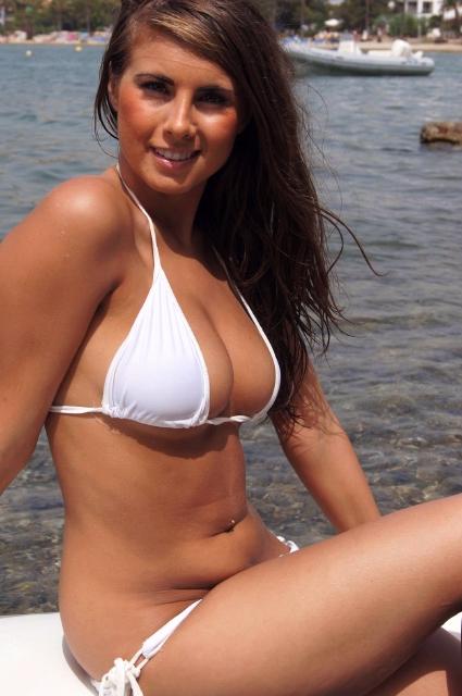 Sarah-McDonald-077xx