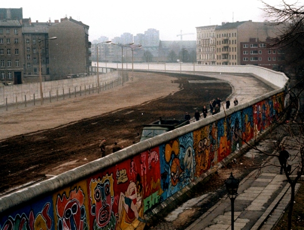 Berlin-Wall-1986-001x