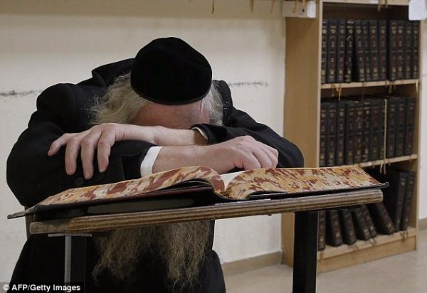 Jerusalem Synagogue Bombing 2014-11-18-002x