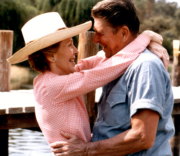REAGAN-Ronald-and-Nancy-RexImages-005dx